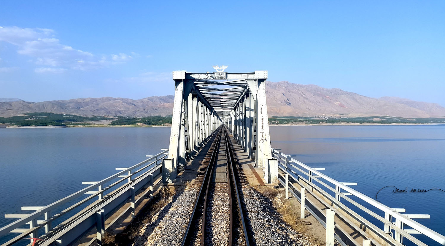 Rail bridge on Karakaya Dam lake, near Malatya. Photo: Orhan Ahıskal