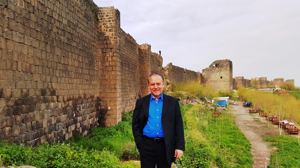 Diyarbakır surlarının önünde, Dağkapı yakını, 16 Nisan 2015