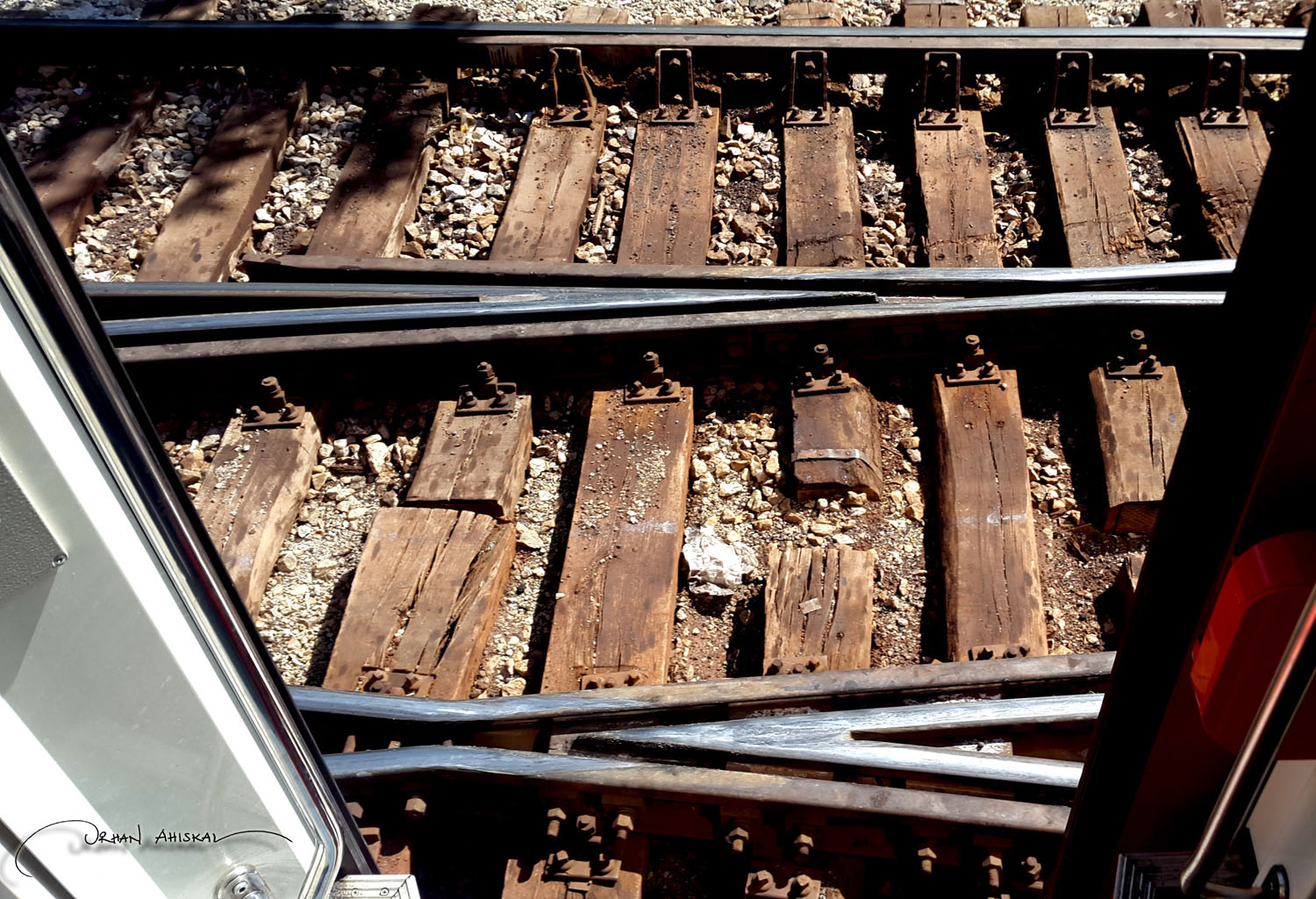 Train tracks at Irmak station. Photo: Orhan Ahıskal