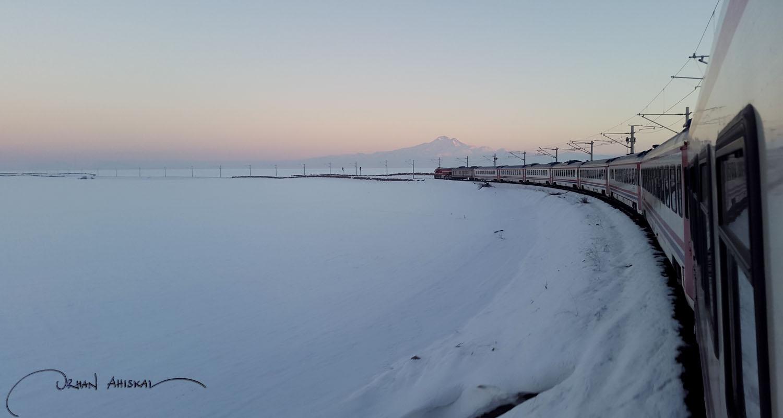 Frozen tundra and Mount Argaeus, Kayseri Province, central Anatolia. Photo: Orhan Ahıskal