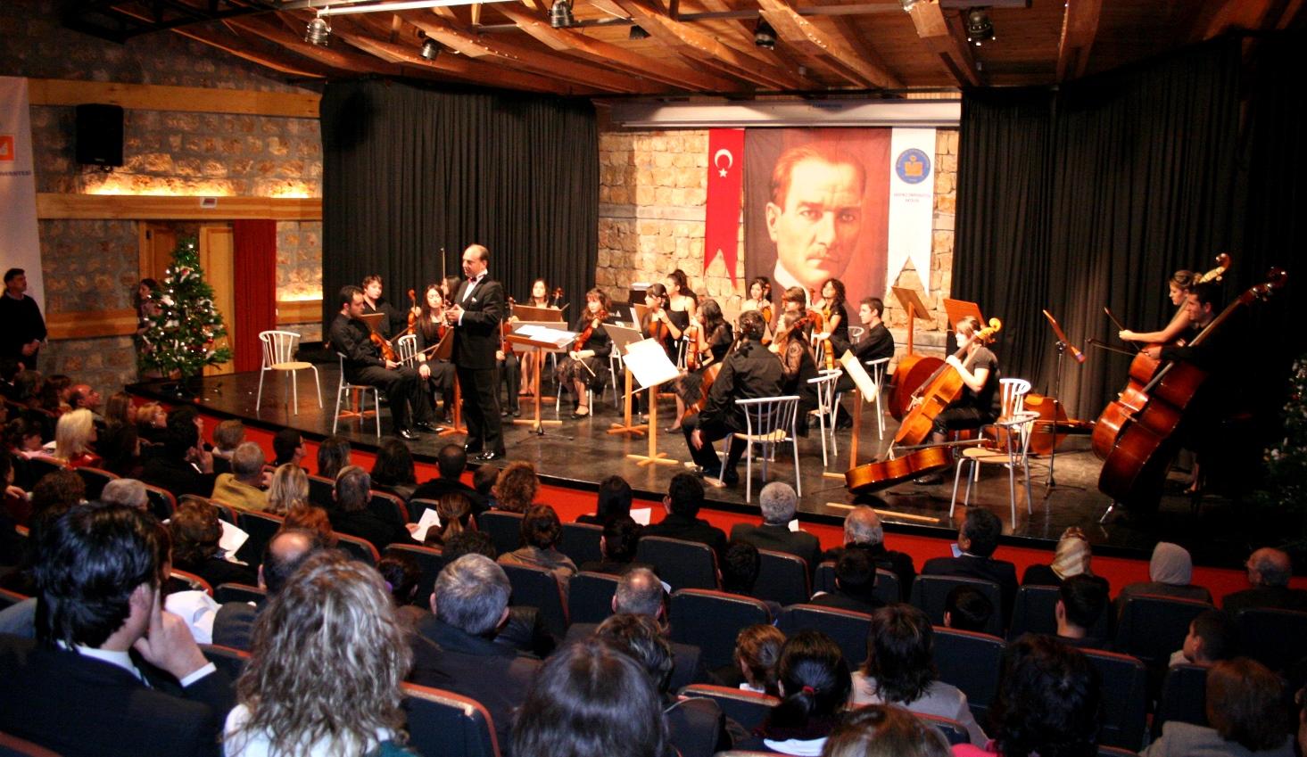 Antalya DK Orkestrası Yeni Yıl Konseri 2007, Olbia Kültür Merkezi
