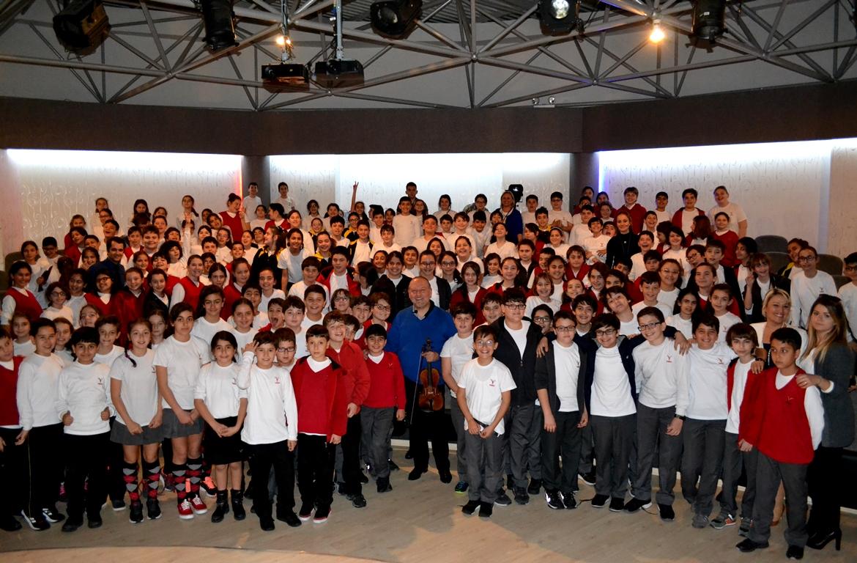 TAKEV Okulları, İzmir
